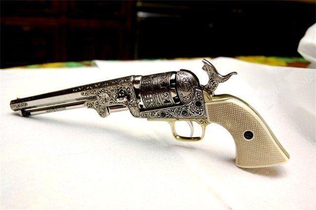 Очаровывают русского человека и старинные британские ружья J. Purdey